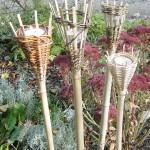 Mit Weiden geflochtenen Gartenlämpli